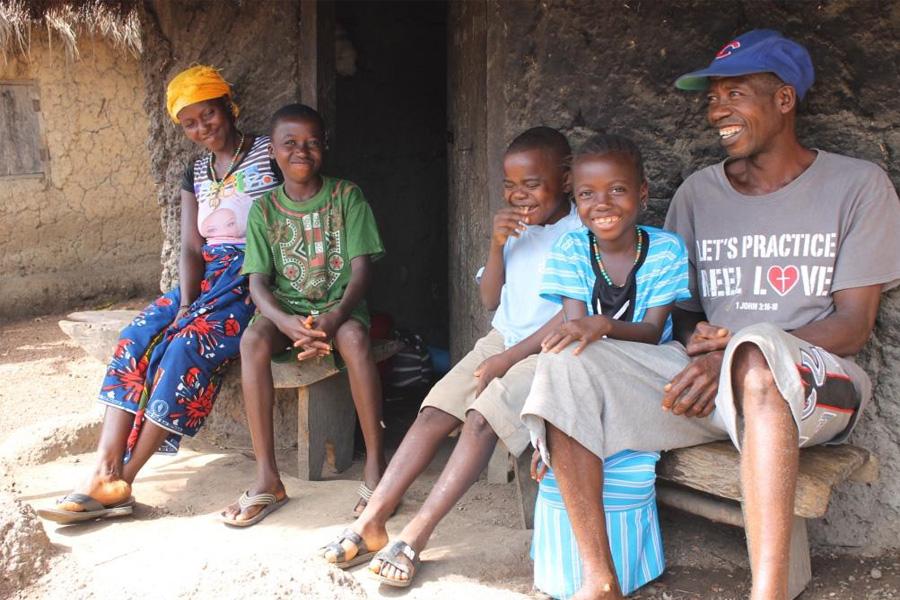 2017 Sierra Leone - Favour's Familie