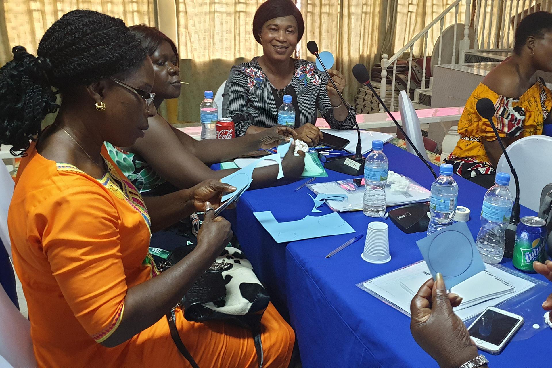 2017 Sierra Leone -Herstellung der Augenklappen