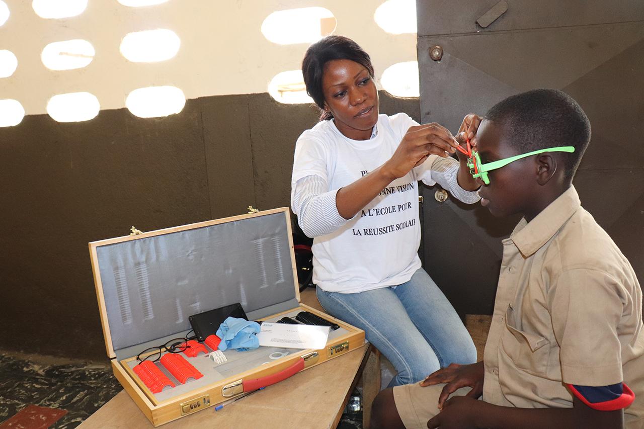 2018 Elfenbeinküste - Augenscreening in der neuen Klinik