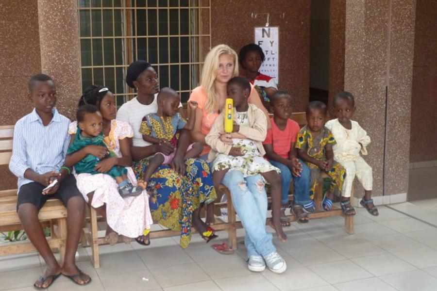 2012 Togo - Patin mit Kindern