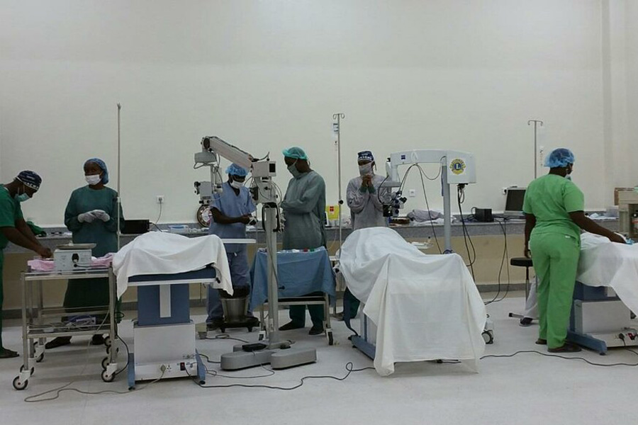 2016 Togo - Im neuen Operationsaal können drei Operationen parallel durchgeführt werden.